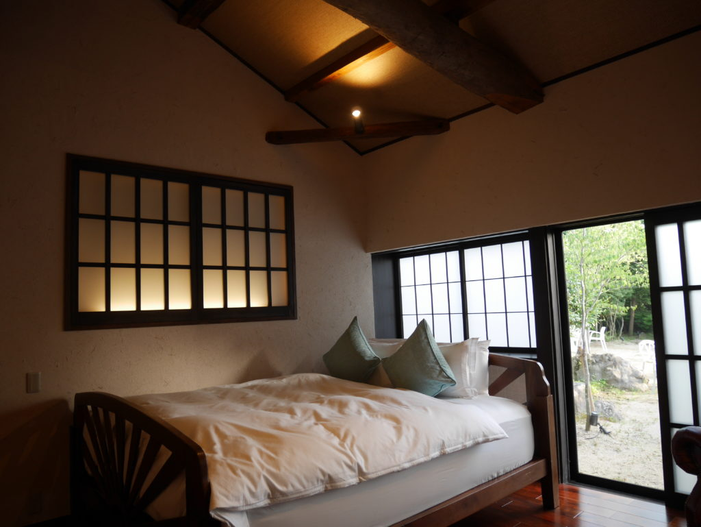 Guest room introduction -Ri 離-(Modern double room, cottage)